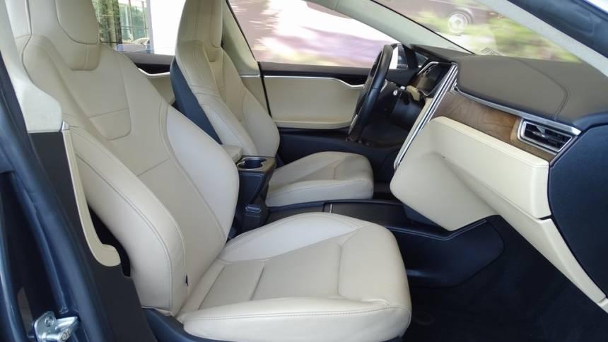 2016 Tesla Model S 5YJSA1E12GF143038