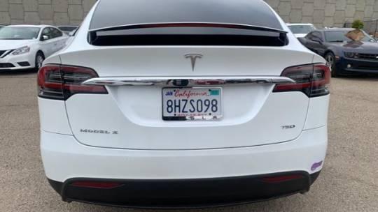 2018 Tesla Model X 5YJXCDE20JF140009