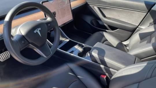 2018 Tesla Model 3 5YJ3E1EB2JF105771