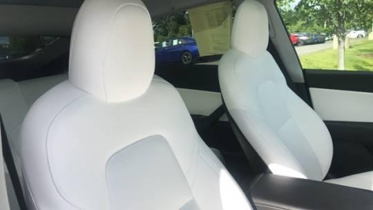 2021 Tesla Model Y 5YJYGDEE1MF072181