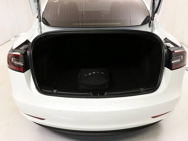 2018 Tesla Model 3 5YJ3E1EB1JF054666