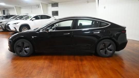 2018 Tesla Model 3 5YJ3E1EB2JF118701
