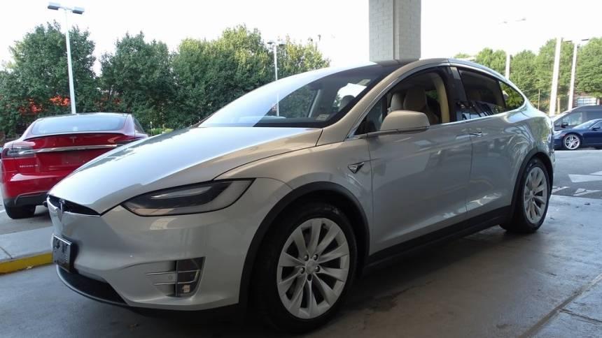 2017 Tesla Model X 5YJXCBE21HF057901