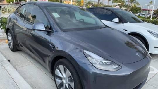 2021 Tesla Model Y 5YJYGDEE4MF062681