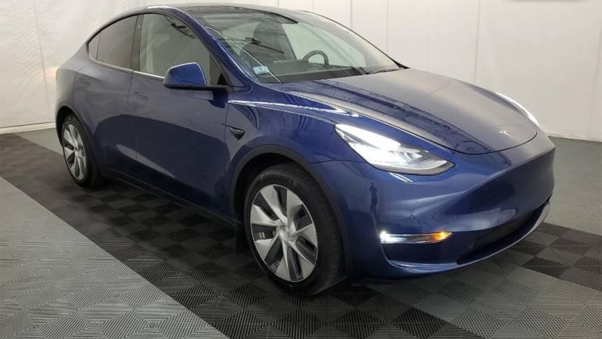 2020 Tesla Model Y 5YJYGDEE9LF006122