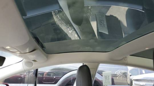 2018 Tesla Model 3 5YJ3E1EB6JF088103