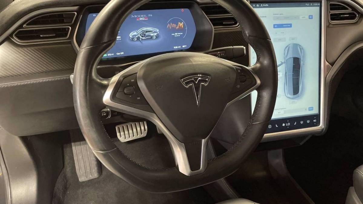 2015 Tesla Model S 5YJSA1E44FF102628
