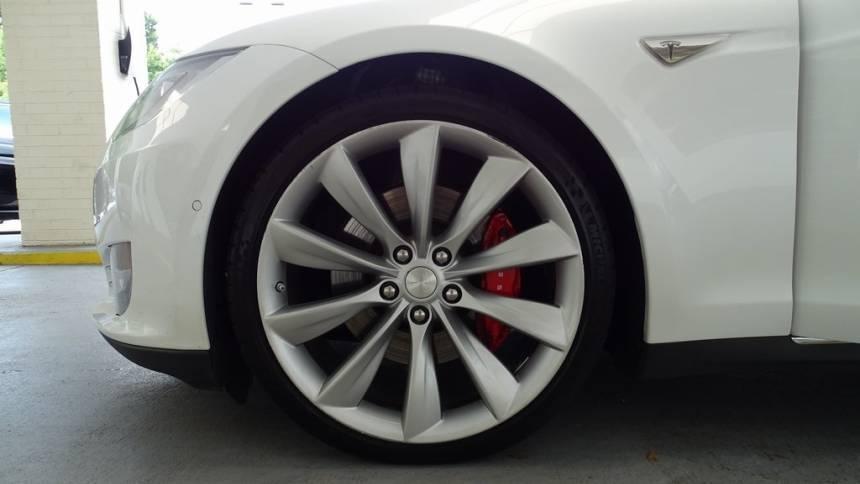 2015 Tesla Model S 5YJSA1E49FF103256