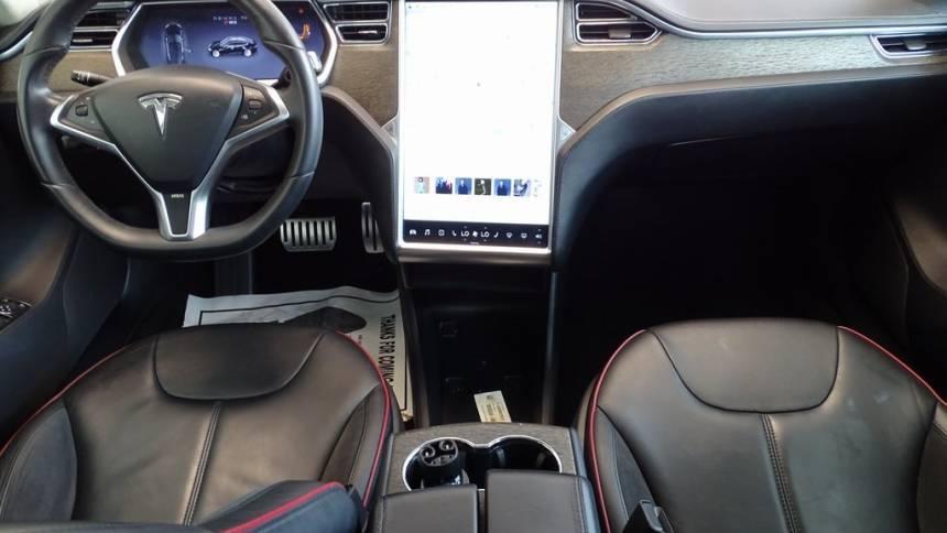 2013 Tesla Model S 5YJSA1DP2DFP05702