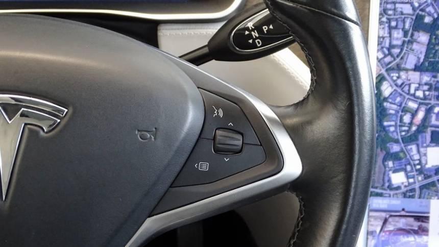 2014 Tesla Model S 5YJSA1H11EFP40884