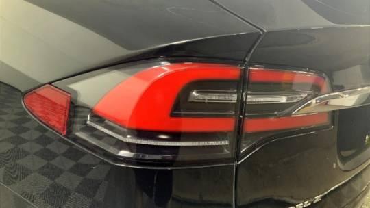 2018 Tesla Model X 5YJXCDE22JF103978