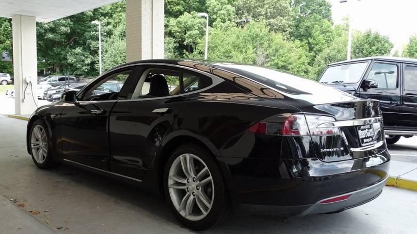 2015 Tesla Model S 5YJSA1S28FF095427