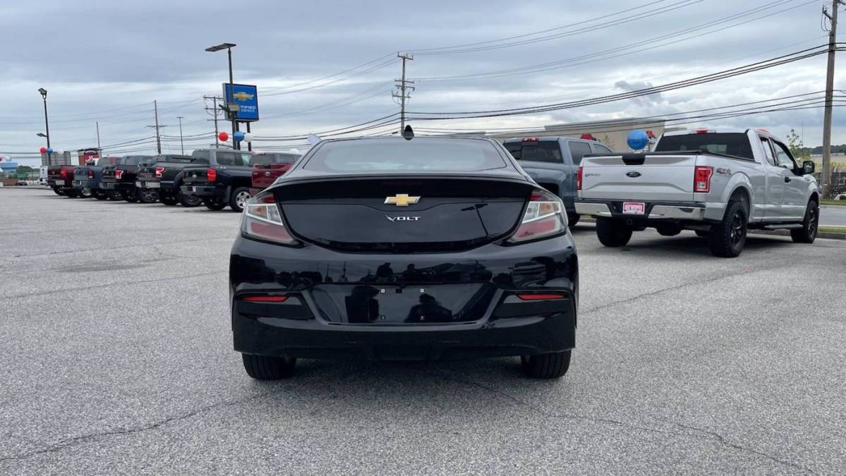 2018 Chevrolet VOLT 1G1RC6S51JU135839