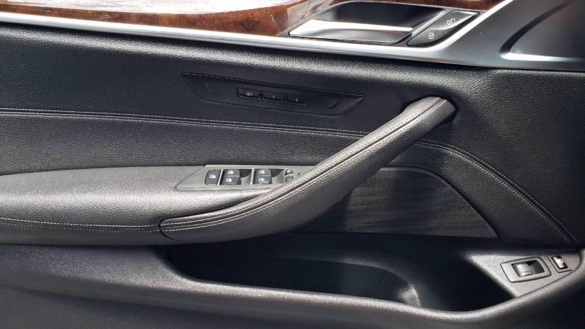 2018 BMW 5 Series WBAJB1C54JB374965