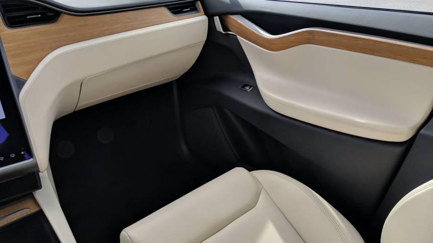 2021 Tesla Model X 5YJXCBE43MF322765