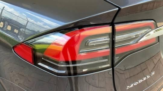 2017 Tesla Model X 5YJXCDE2XHF079200
