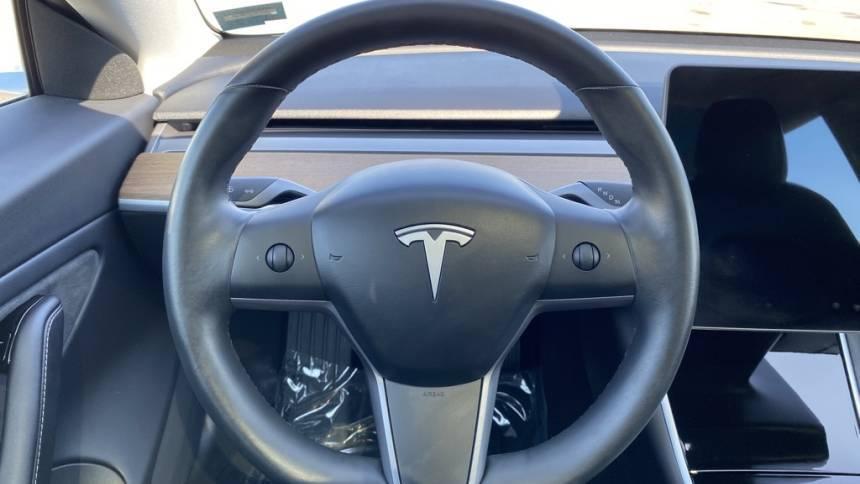 2018 Tesla Model 3 5YJ3E1EBXJF092221