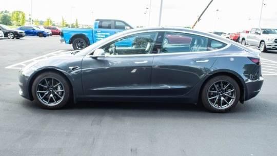 2019 Tesla Model 3 5YJ3E1EB6KF510114