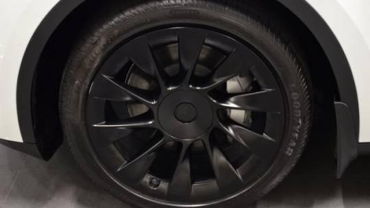 2021 Tesla Model Y 5YJYGDEE8MF125071