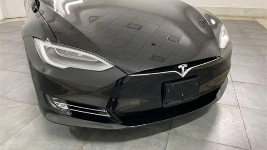 2019 Tesla Model S 5YJSA1E27KF305781