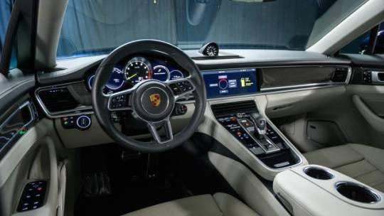 2019 Porsche Panamera WP0AE2A71KL123417