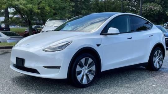 2021 Tesla Model Y 5YJYGDEE0MF077632