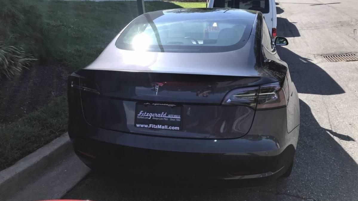 2018 Tesla Model 3 5YJ3E1EB1JF079423