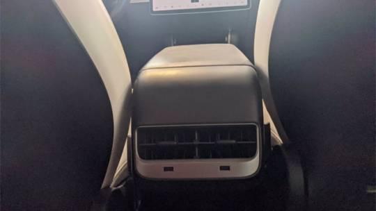 2018 Tesla Model 3 5YJ3E1EB5JF097407