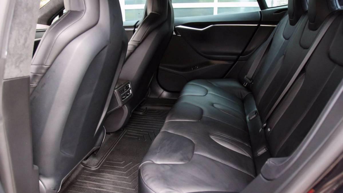 2015 Tesla Model S 5YJSA1H26FF097586