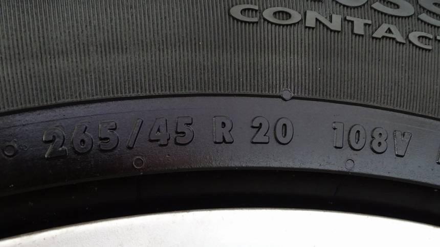 2017 Tesla Model X 5YJXCBE23HF063702