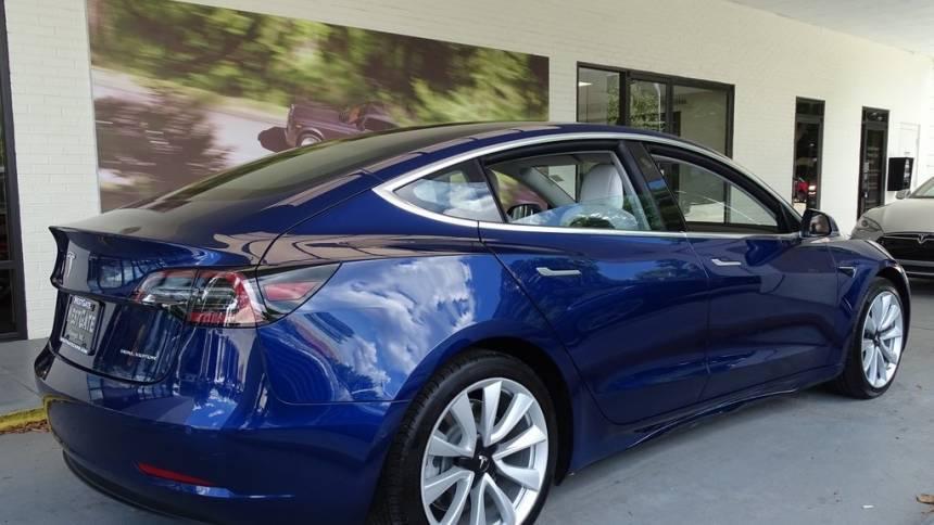 2018 Tesla Model 3 5YJ3E1EB7JF135350