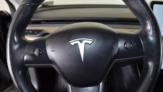 2018 Tesla Model 3 5YJ3E1EA7JF023669