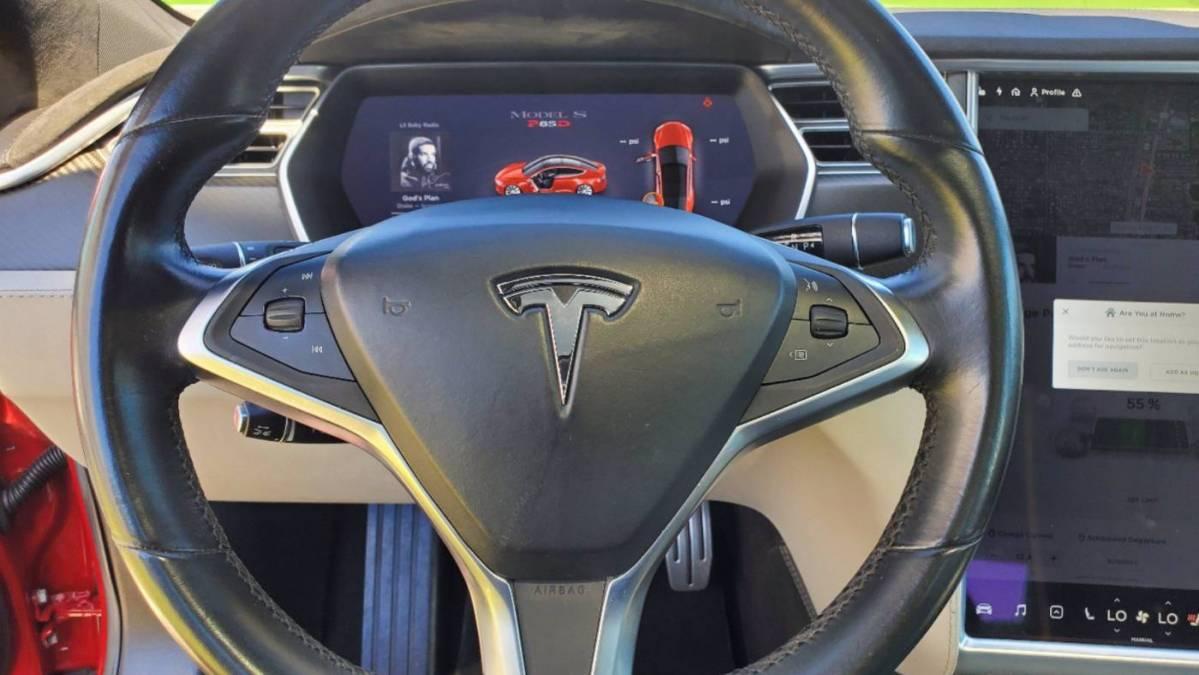 2015 Tesla Model S 5YJSA1E43FF109246