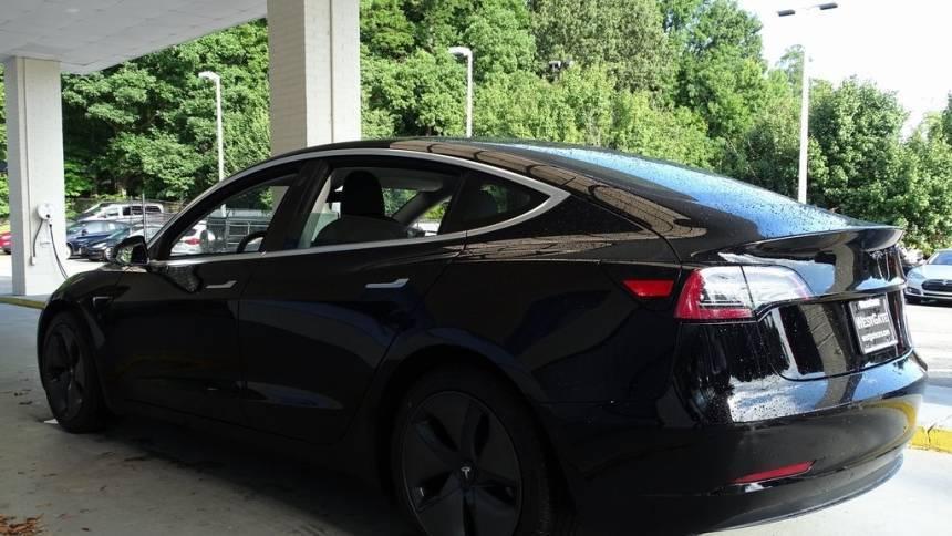 2018 Tesla Model 3 5YJ3E1EB5JF067971