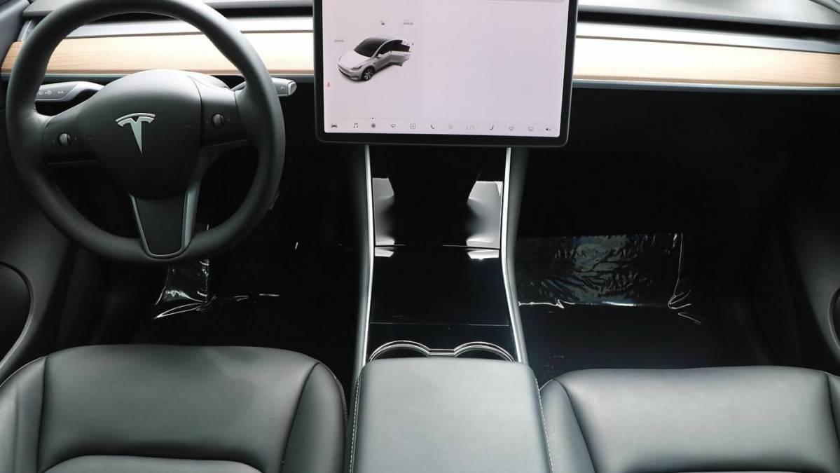 2021 Tesla Model Y 5YJYGDEE1MF109245