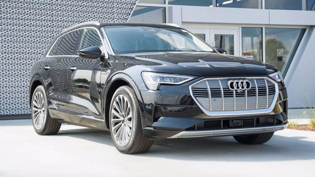 2019 Audi e-tron WA1VABGE4KB009379