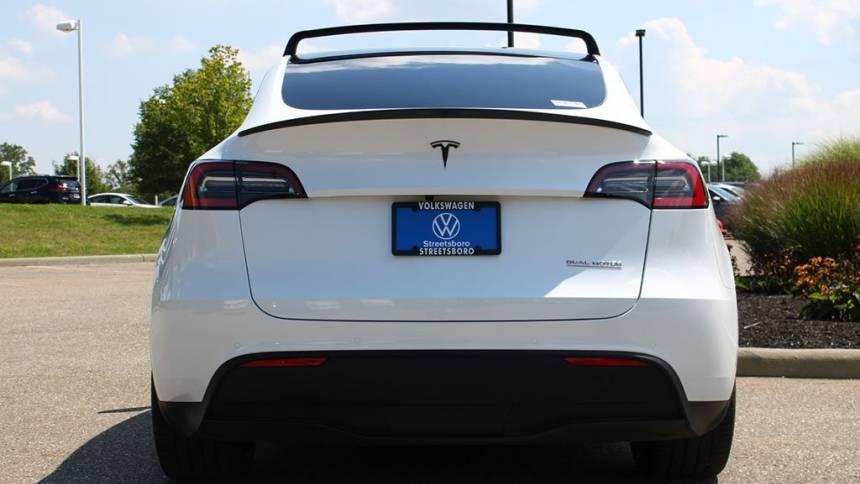 2020 Tesla Model Y 5YJYGDEF7LF034381