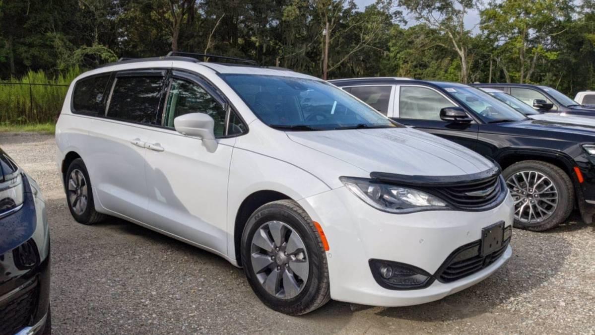 2018 Chrysler Pacifica Hybrid 2C4RC1N75JR311652