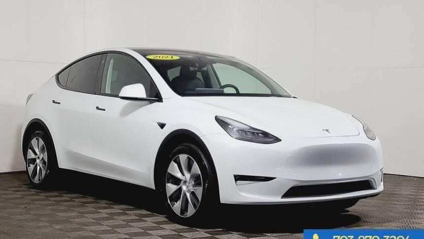 2021 Tesla Model Y 5YJYGDEE4MF140750