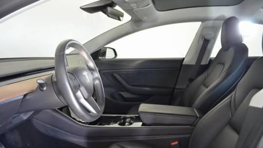 2019 Tesla Model 3 5YJ3E1EB9KF193526