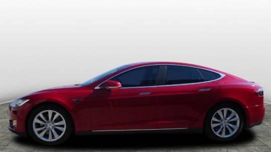 2015 Tesla Model S 5YJSA1H28FF082989