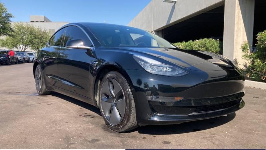 2018 Tesla Model 3 5YJ3E1EA0JF109065