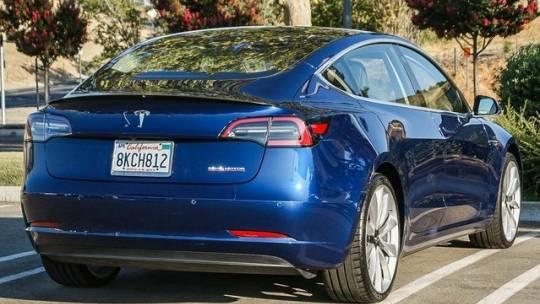 2019 Tesla Model 3 5YJ3E1EB0KF231371