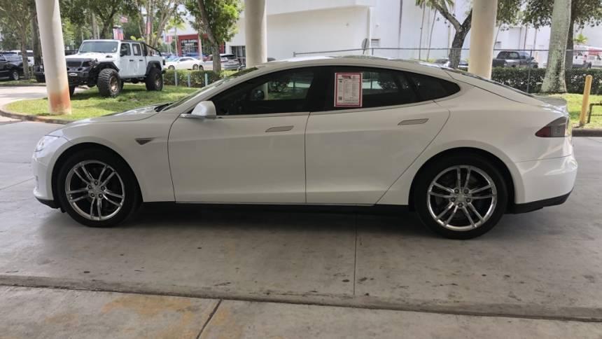 2014 Tesla Model S 5YJSA1H12EFP42255