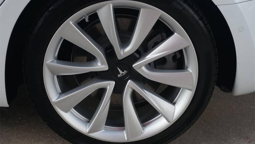 2019 Tesla Model 3 5YJ3E1EB5KF421845