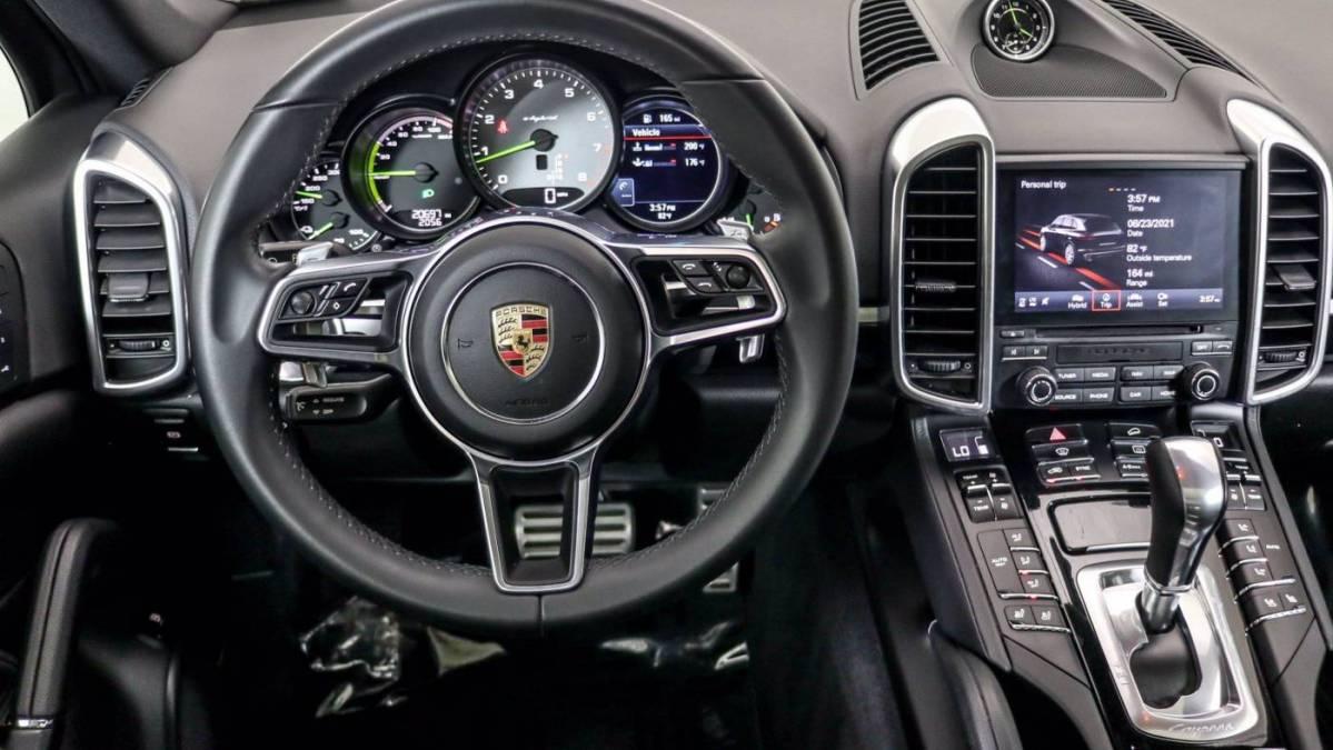 2018 Porsche Cayenne WP1AE2A25JLA71727