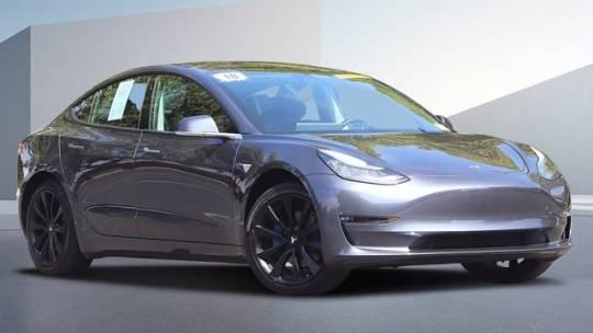 2018 Tesla Model 3 5YJ3E1EA0JF006065