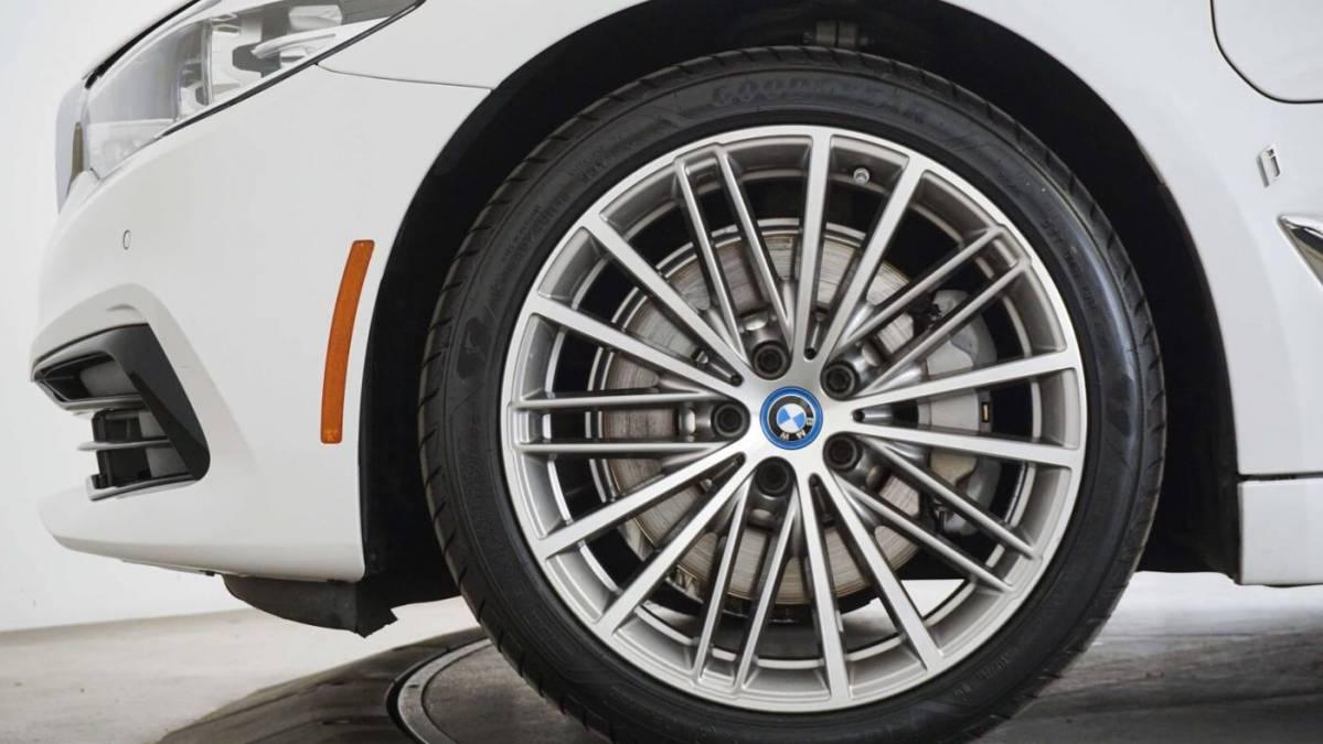 2019 BMW 5 Series WBAJA9C58KB389343