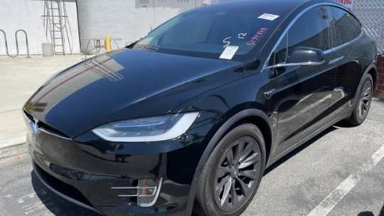 2018 Tesla Model X 5YJXCAE23JF109299