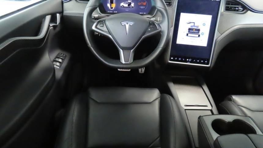 2019 Tesla Model X 5YJXCAE41KF186143